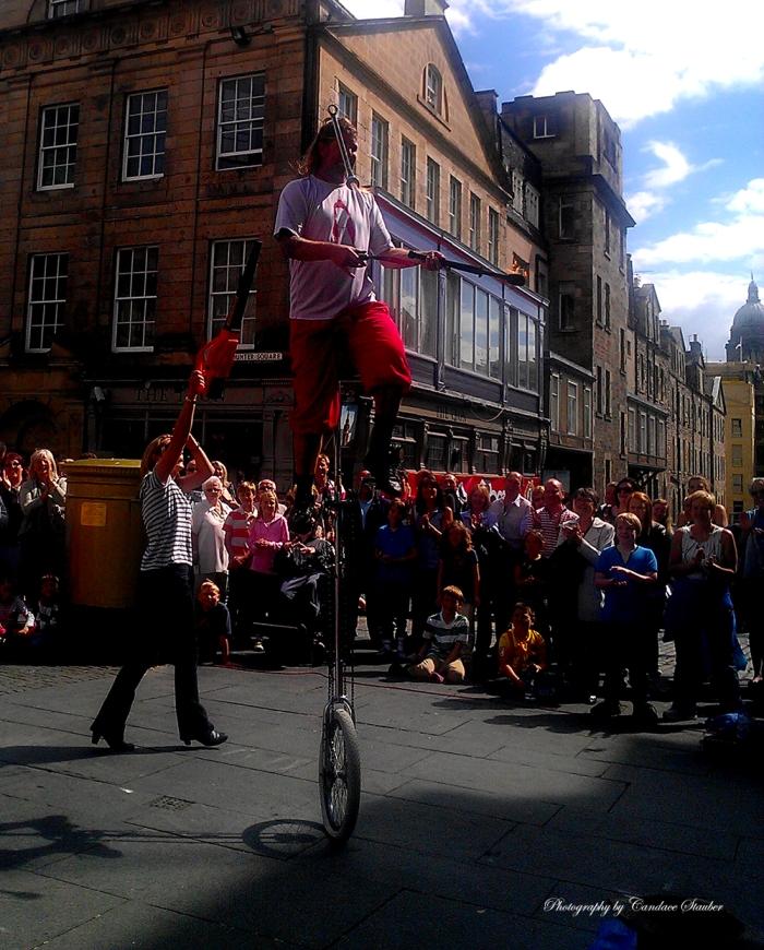 2013-08-09-juggleratthefringe