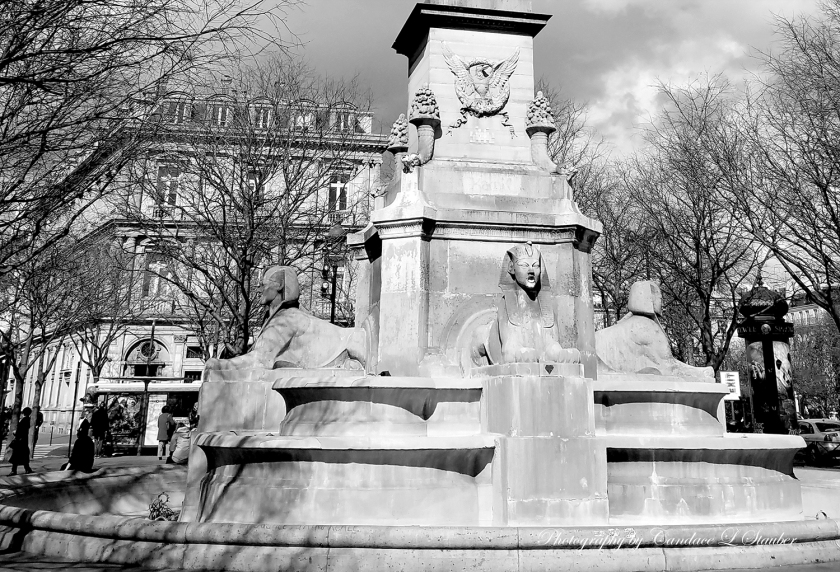 monochrome-paris-2-20160407-1500