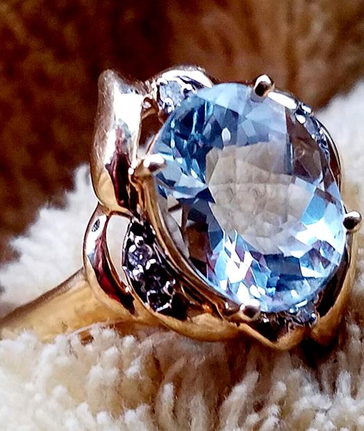 Aquarmarine Ring