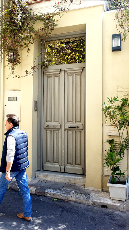 Athens-doorss-800-20170415_122316