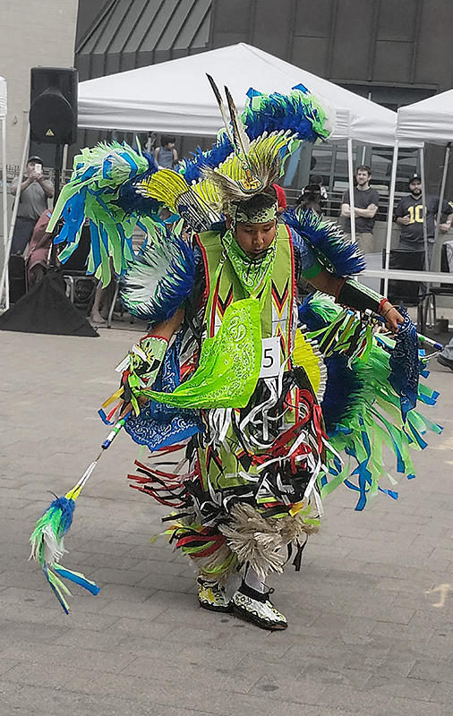 00-fancydancer-powwow-09092017-800