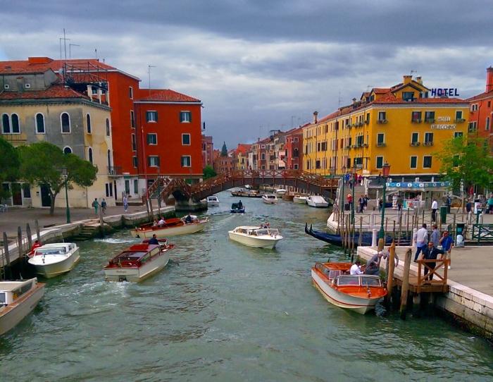 2015-06-17 02.48.08venice-canals