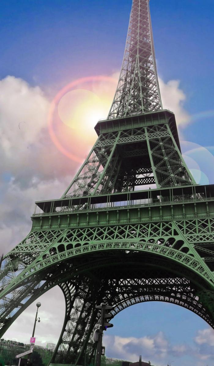 00-Eiffel-Tower-P1040294_A