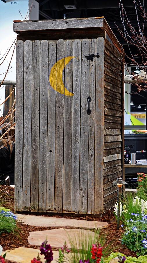00-900-outhouse-DSC04660_pe