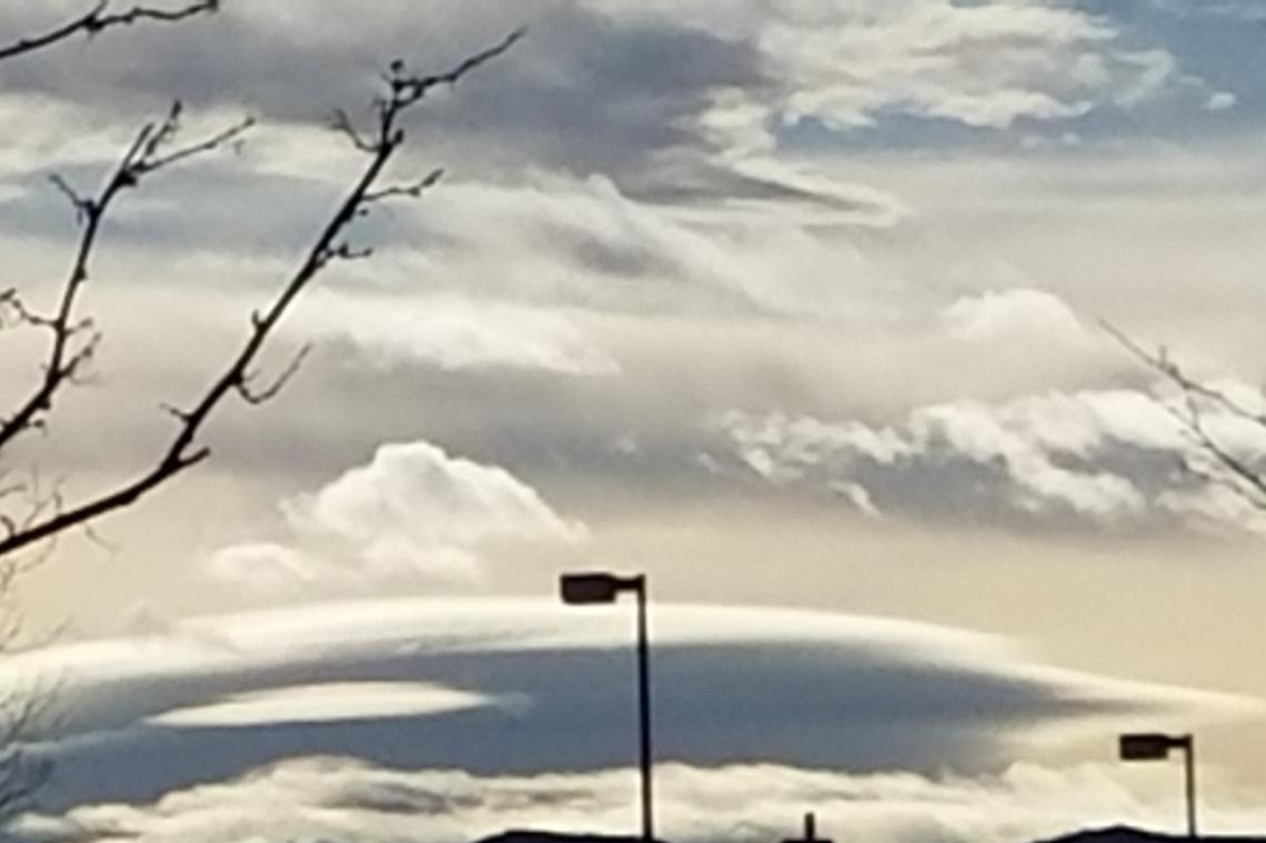 00-Lenticular-clouds-20180113_145826_38777674105_o