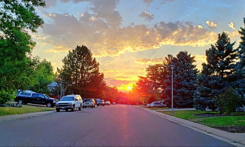 00-neighborhood-sunset-28614309447A900